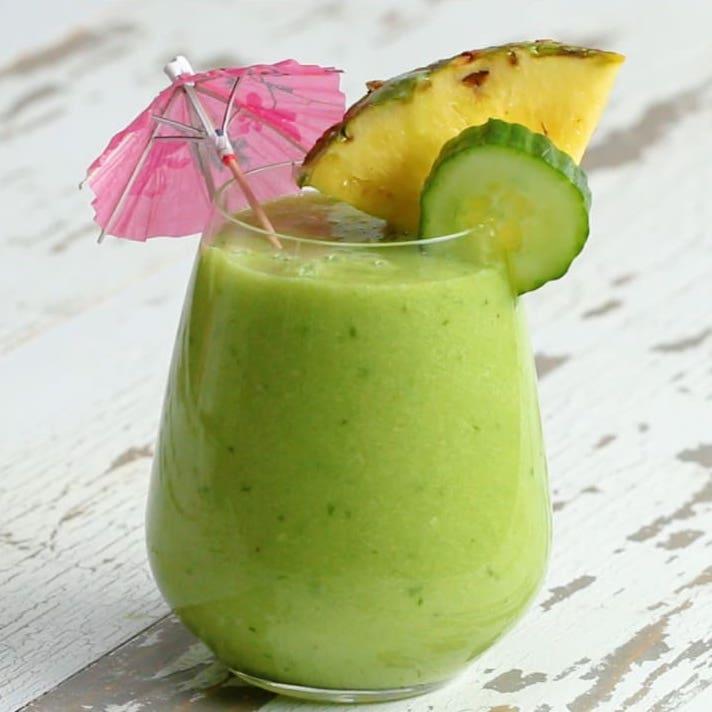 Vess véget a puffadásnak egy isteni, trópusi smoothieval!