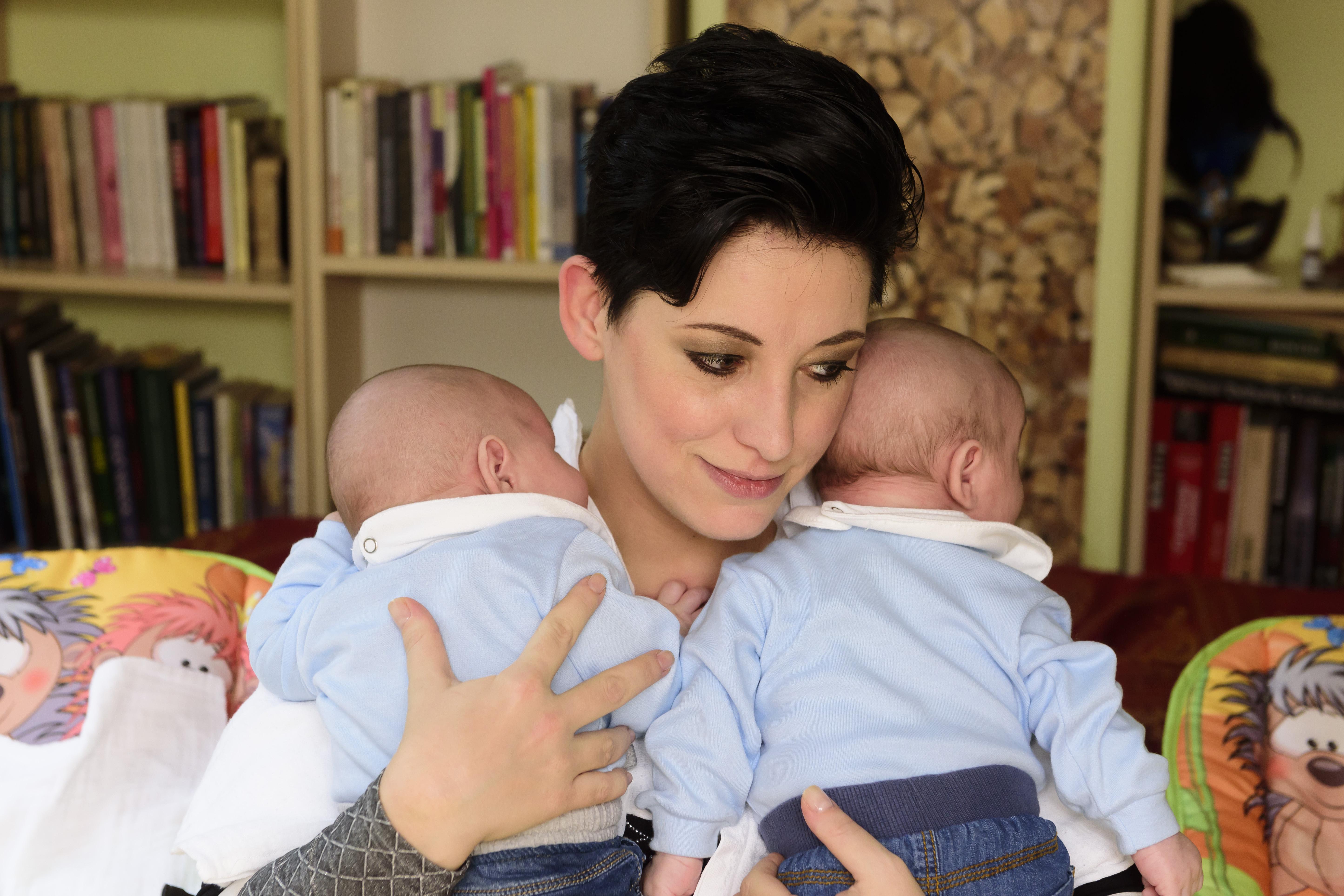 Baby Gabi és az ikrek (Fotó: Schumy Csabi)