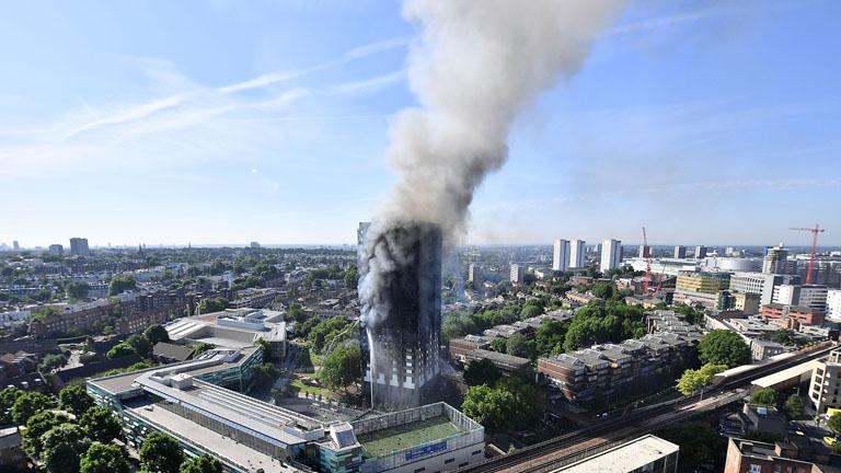 A londoni Grenfell Towert rendkívül gyorsan pusztította el a tűz (Fotó: Getty Images)