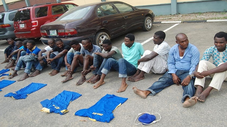 Lagosban letartóztatott Black Axe-bandatagok