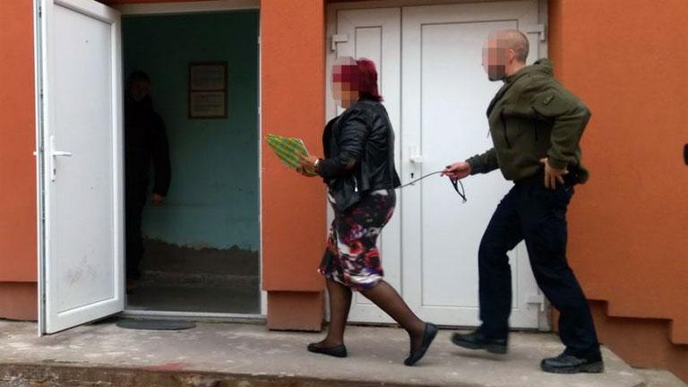 Bróker Marcsi, azaz Dobrai Sándorné 1999 óta közel 800 embert vert át befektetési ajánlatokkal (Fotó: police.hu)