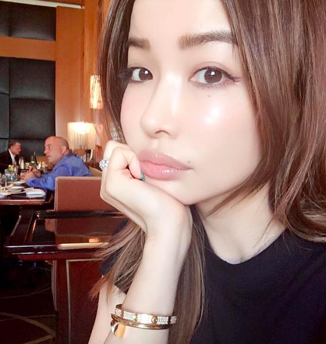 Ázsiai szex modellek