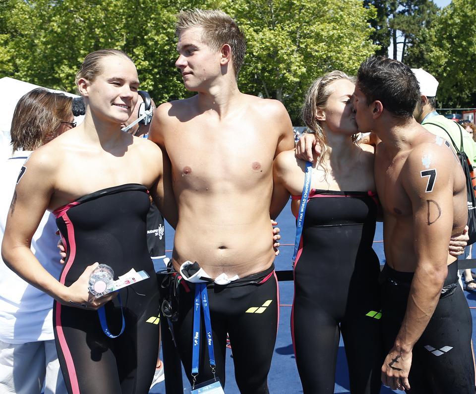 Nagy volt az öröm - 7. helyen végeztek az úszók