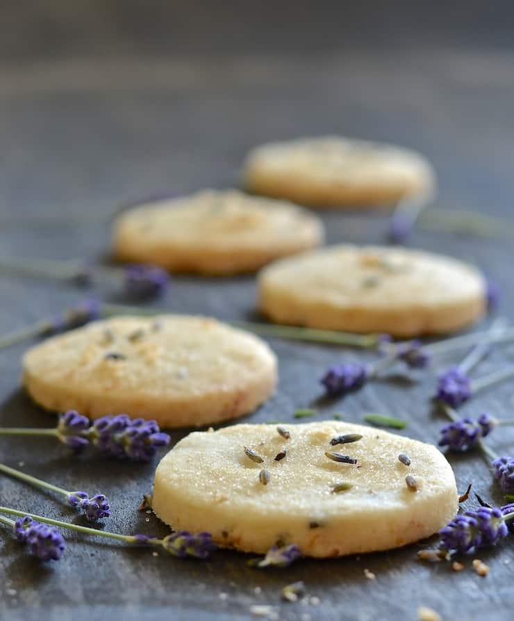 Egy falat nyár: levendulás-citromos omlós keksz