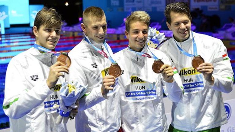 A bronzérmes Németh Nándor, Kozma Dominik, Bohus Richárd és Holoda Péter (b-j) - MTI Fotó: Illyés Tibor