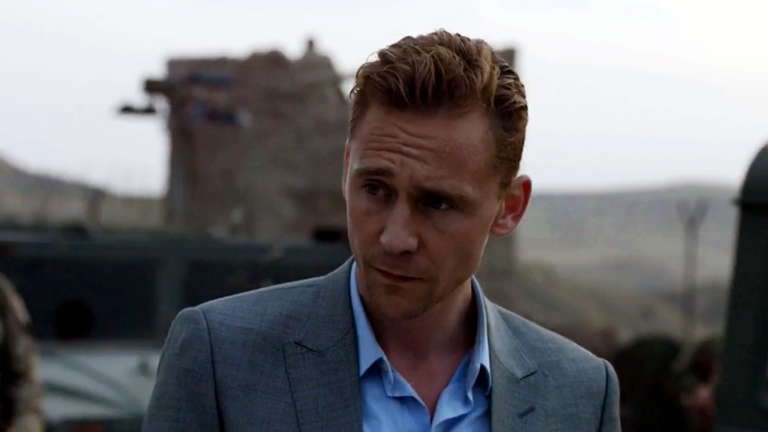 Tom Hiddleston a Night Manager című sorozatban