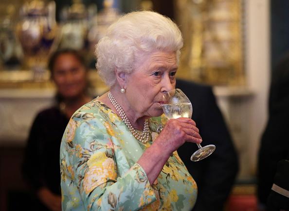 II. Erzsébet napi négy koktélra esküszik
