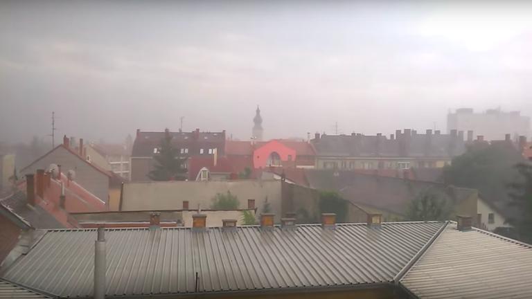 Szombathelyen is durva volt a vihar (forrás: YouTube)