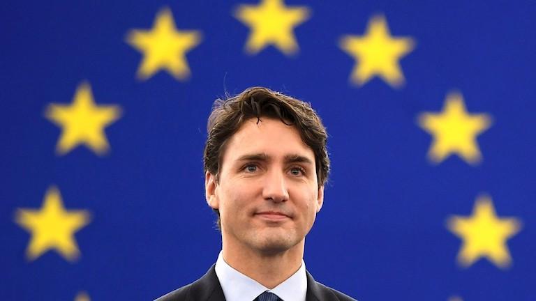 Nagyon bizarr: vajból készítettek szobrot a kanadai miniszterelnökről
