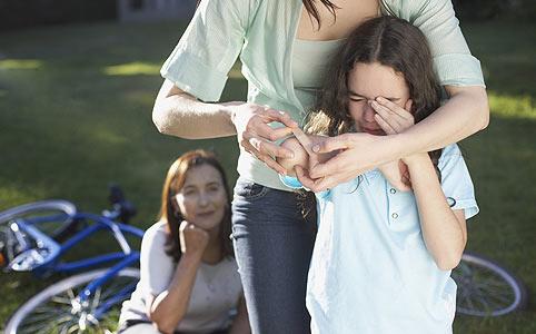 Nyári gyermekbalesetek – mire figyeljünk?