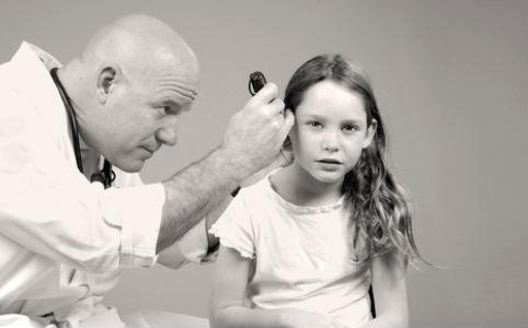 Középfülgyulladás kezelése gyerekeknél antibiotikum nélkül?
