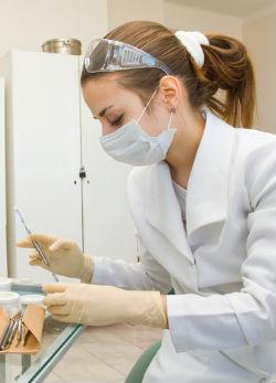 A hiányzó fogak növelik az elbutulás kockázatát
