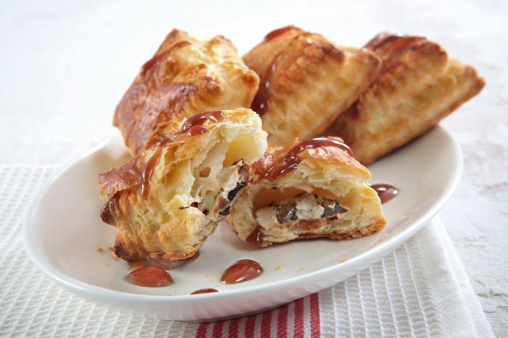Szilvalekváros–mandulakrémes croissant