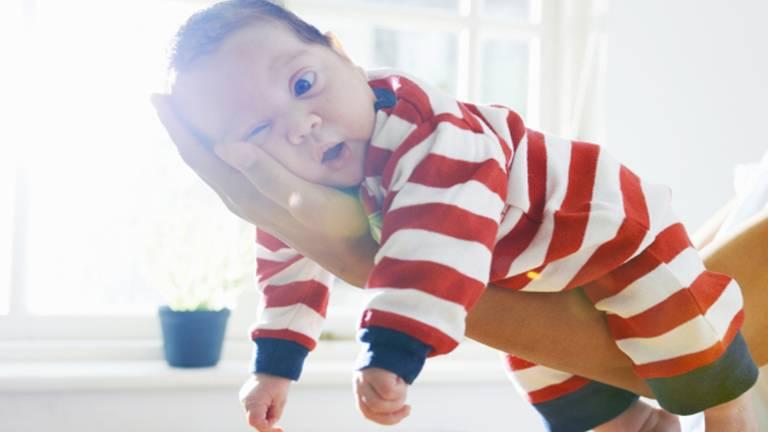 kisbaba szülők babaruha tenyér