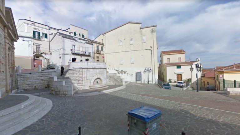 Google-utcakép Candeláról