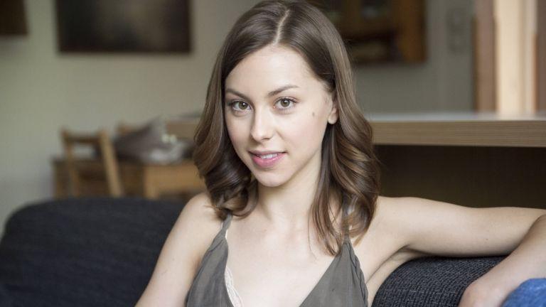 Döbrösi Laura (fotó: HBO / Sághy Tímea)
