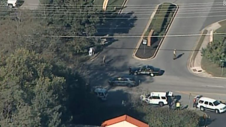 Légifelvétel képe az edgewoodi lövöldözés helyszínéről (forrás: WBAL)