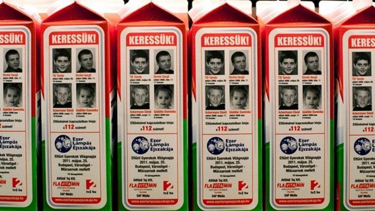 Gyerekek fotói a Magyar Tej tejesdobozain (fotó: MTI / Kallos Bea)