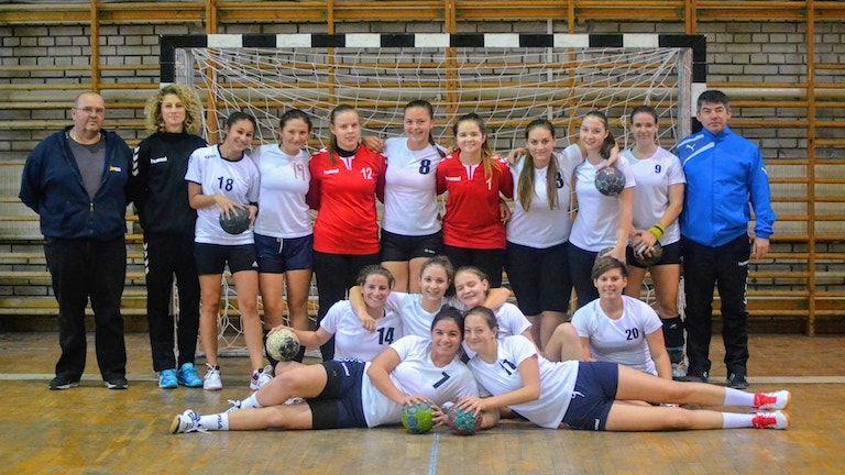 A kaposvári női kézilabdacsapat (forrás: Kaposvári ESE FB)