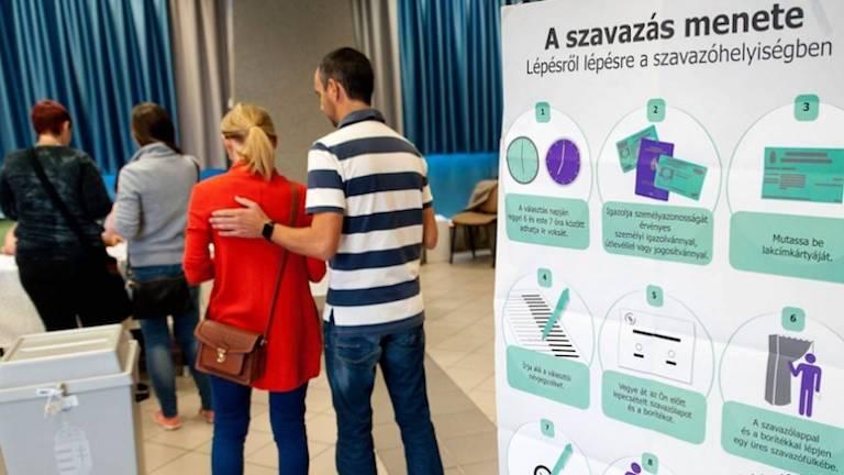 Népszavazás Győrben (fotó: MTI / Krizsán Csaba)