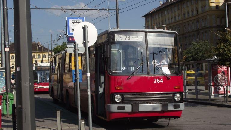 Trolibusz Budapesten (fotó: Kemenymate / Wikipédia)