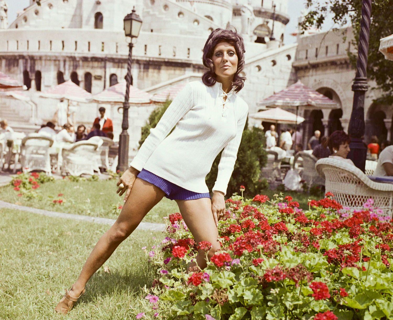 Nosztalgikus divatfotók: Pataki Ági, a Kádár-kor sztármanökenje