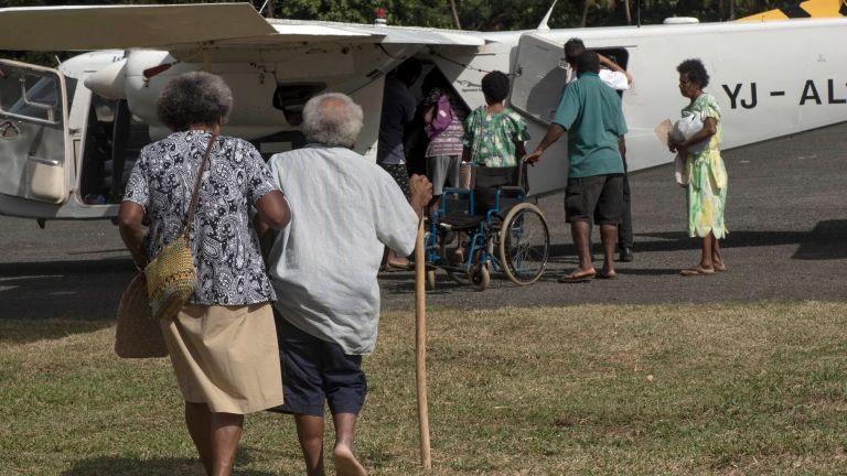 Vulkánkitörés miatt evakuálják a lakosokat Vanuaturól 2017 szeptemberében (fotó: AFP / Vanuatu Daily Post / Dan McGarry)