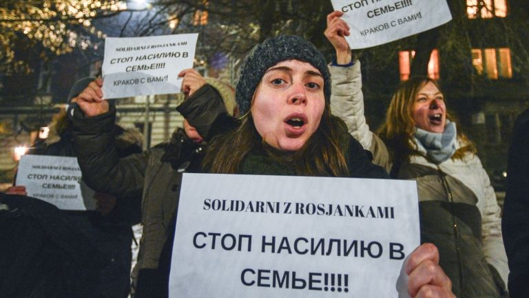 Családon belüli erőszak, tüntetés, Oroszország (fotó: Artur Widak/NurPhoto)