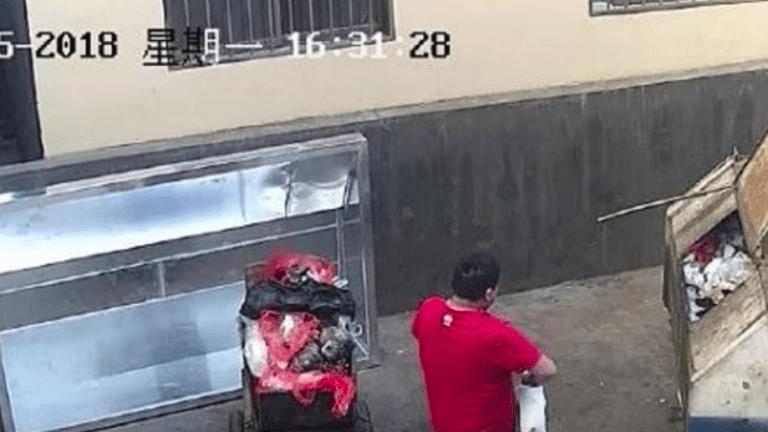 kínai apa szemetes gyerek