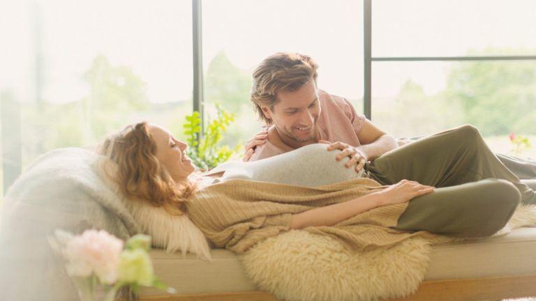terhesség szülők párbeszéd