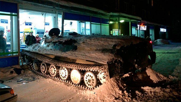 oroszország tankkal borért