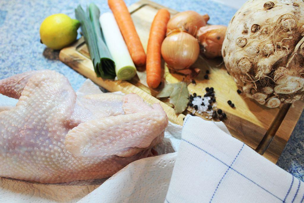 csirke leves alaplé gasztronómia főzés