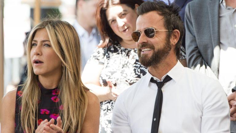 Jennifer Aniston és Justin Therouxr 2017 júliusában (fotó: AFP / Valerie Macon)