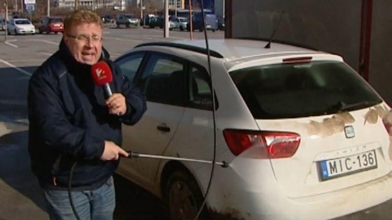 autó, tisztítás (forrás: TV2)