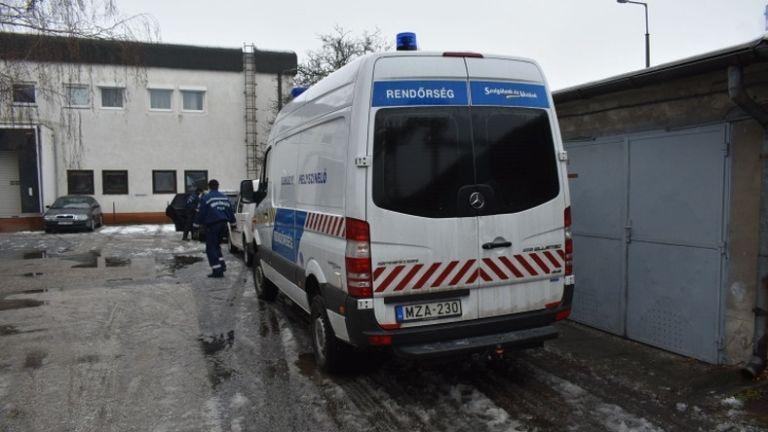 Győr, E.ON, késelés (fotó: police.hu)