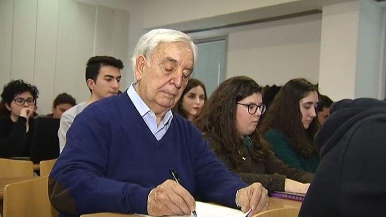 spanyol erasmusos diák (forrás: El Espanol Twitter)