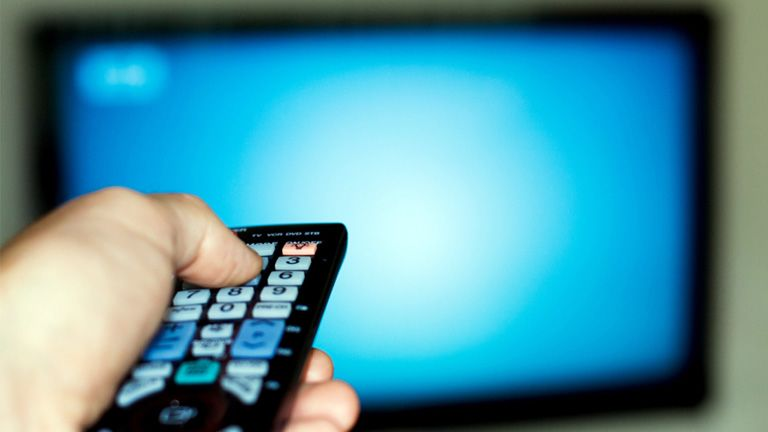 tévé, televizio