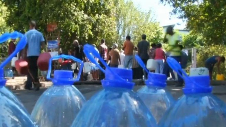 vízhiány, szárazság, fokváros, dél-afrika (forrás: TV2)