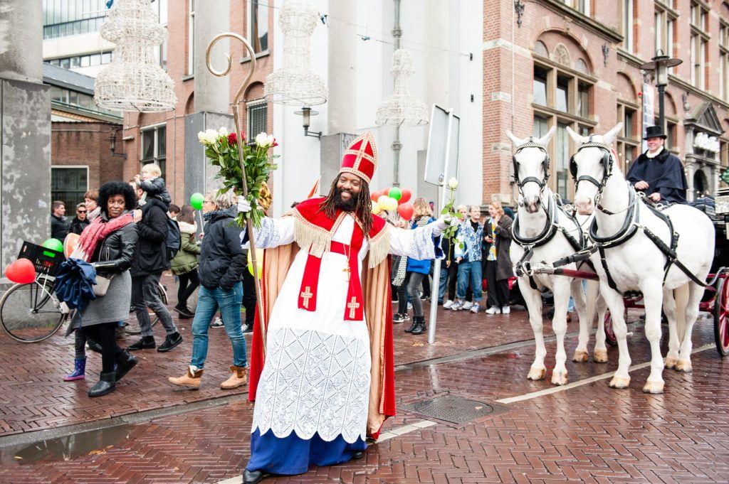 mikulás amszterdam hollandia