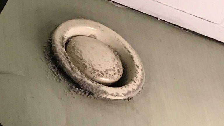 szellőző penész mosdó kórház