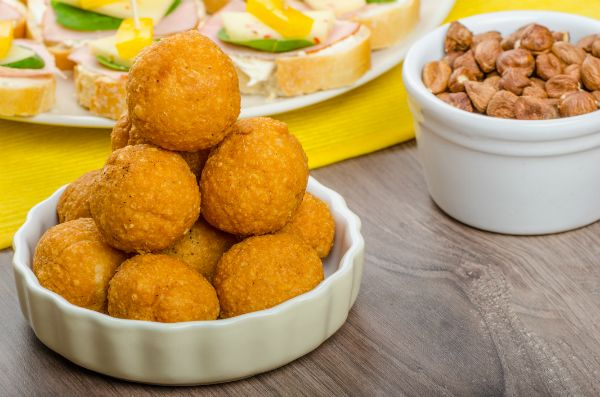 sult sajtgolyok recept husvet vendegvaro