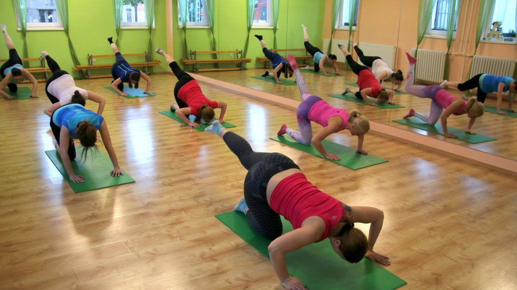 terhes torna jóga fitness