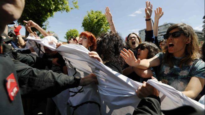 Spanyolország, tüntetés, nemi erőszak (forrás: MTI/EPA/Villar Lopez)