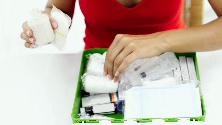 gyógyszeres doboz otthon