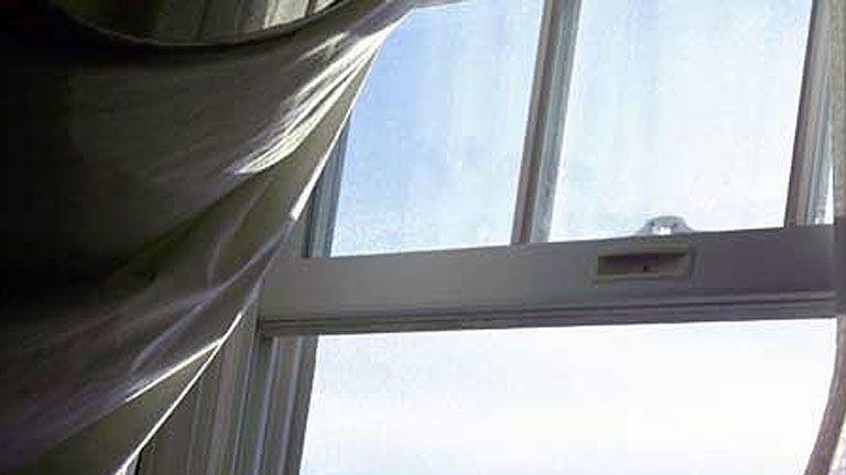 ablak kórház kiugrott beteg meghalt