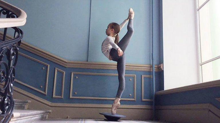 Insta-sztár lett a 13 éves balerina