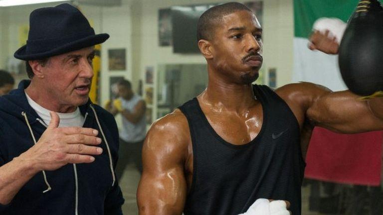 Sylvester Stallone és Michael B. Jordan a Creed - Apollo fia című filmben (forrás: Fórum Hungary)