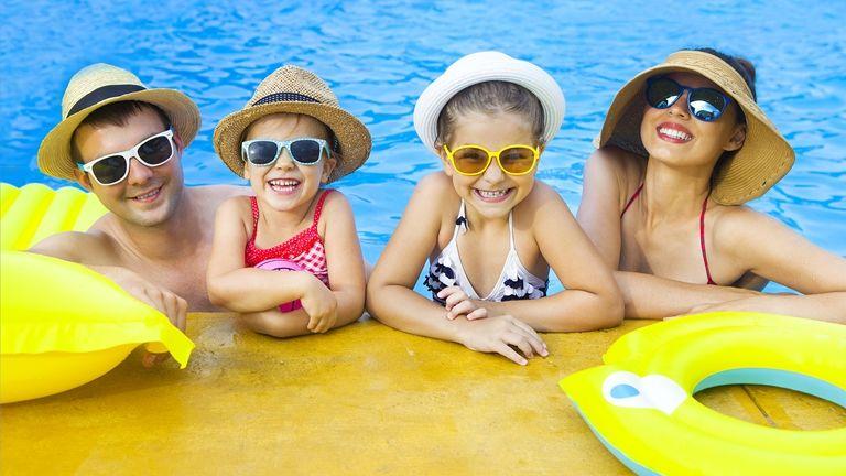 családdal nyaralni