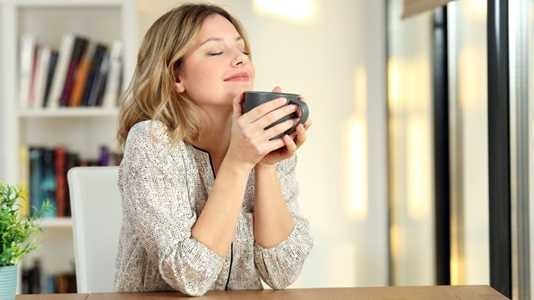 szaglás kávé illata