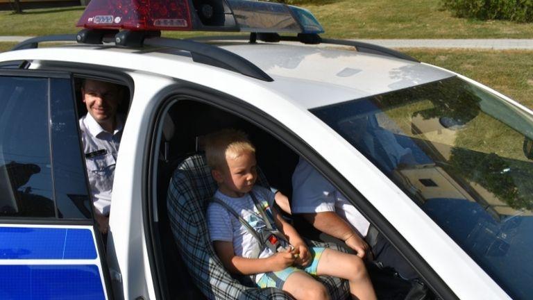 zalan, gyerek, rendőr (forrás: police.hu)